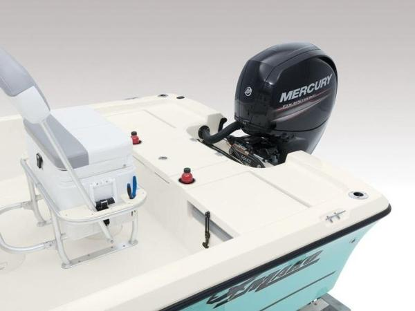 2020 Mako boat for sale, model of the boat is 19 CPX & Image # 25 of 37