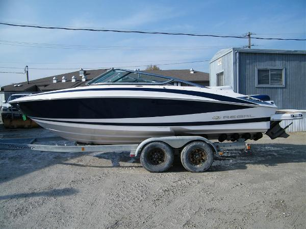 2011 Regal 2300 Bowrider For Sale