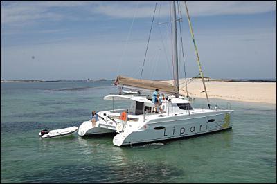 Sister boat