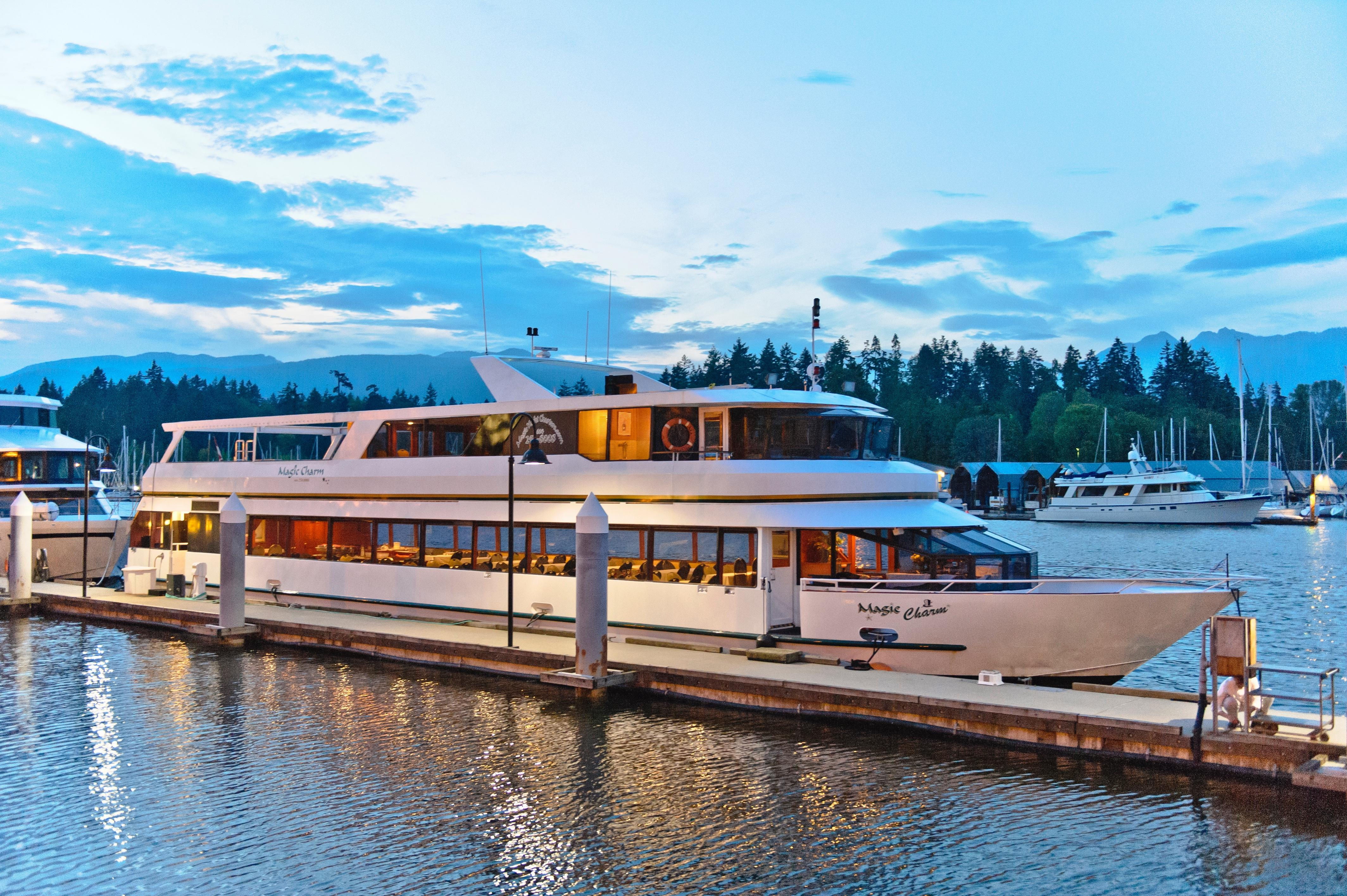 Yacht Broker Details Emerald Pacific Yachts Wiring Up Additional Front Driving Lights Veimg2420jpg Magic Charm 1679480