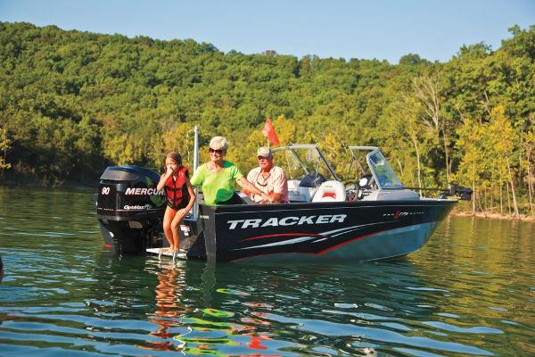 For Sale: 2013 Tracker Boats Pro Guide V-175 Combo 17.67ft<br/>Pride Marine - Eganville