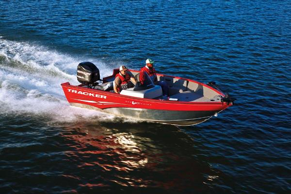 For Sale: 2013 Tracker Boats Pro Guide V-175 Sc 16.92ft<br/>George's Marine and Sports - Eganville - A Division of Pride Marine