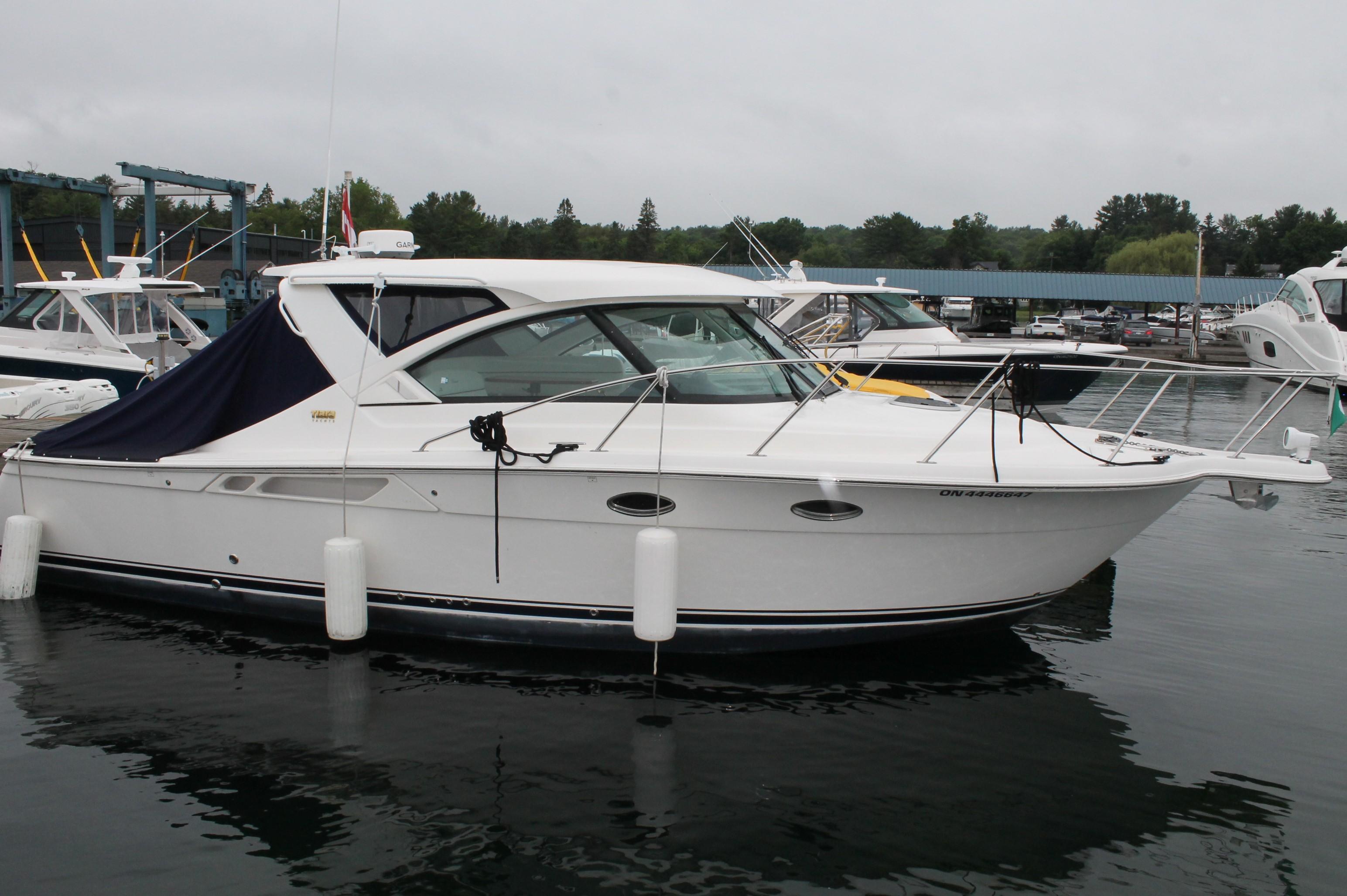 31 Tiara 2015 Rockport | Denison Yacht Sales