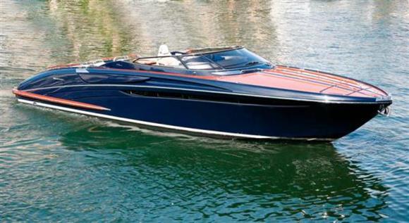 2010 Riva 44 Rivarama - Profile