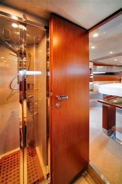 2010 Riva 44 Rivarama - Master Shower