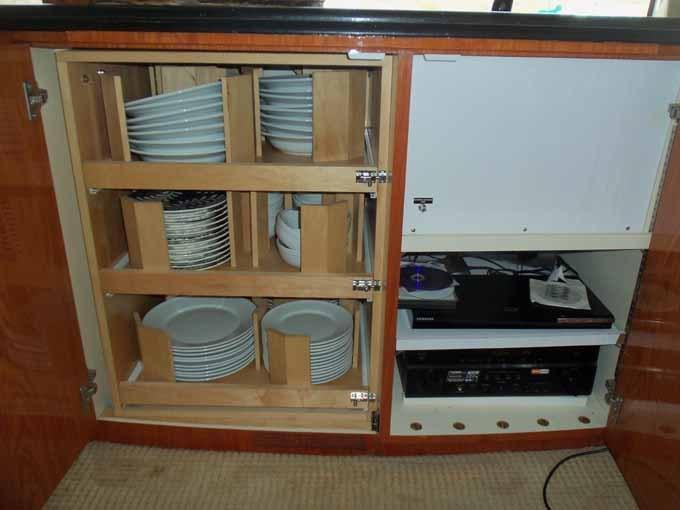Salon Galley Ware Storage