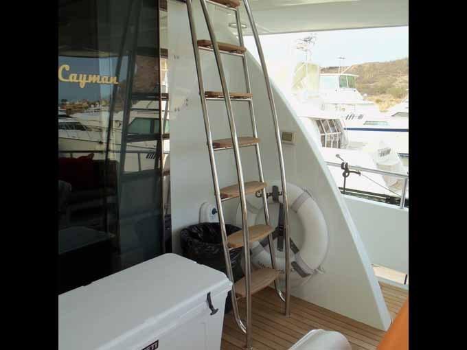 Aft Deck Flybridge Access