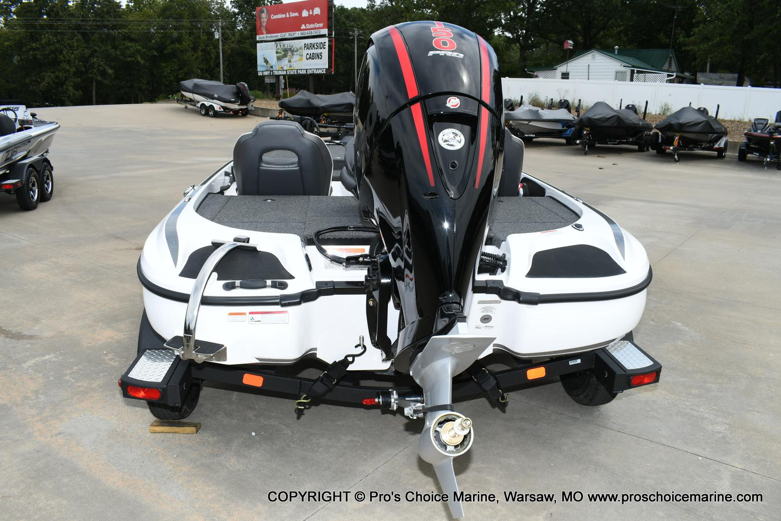 2020 Nitro boat for sale, model of the boat is Z18 & Image # 23 of 50
