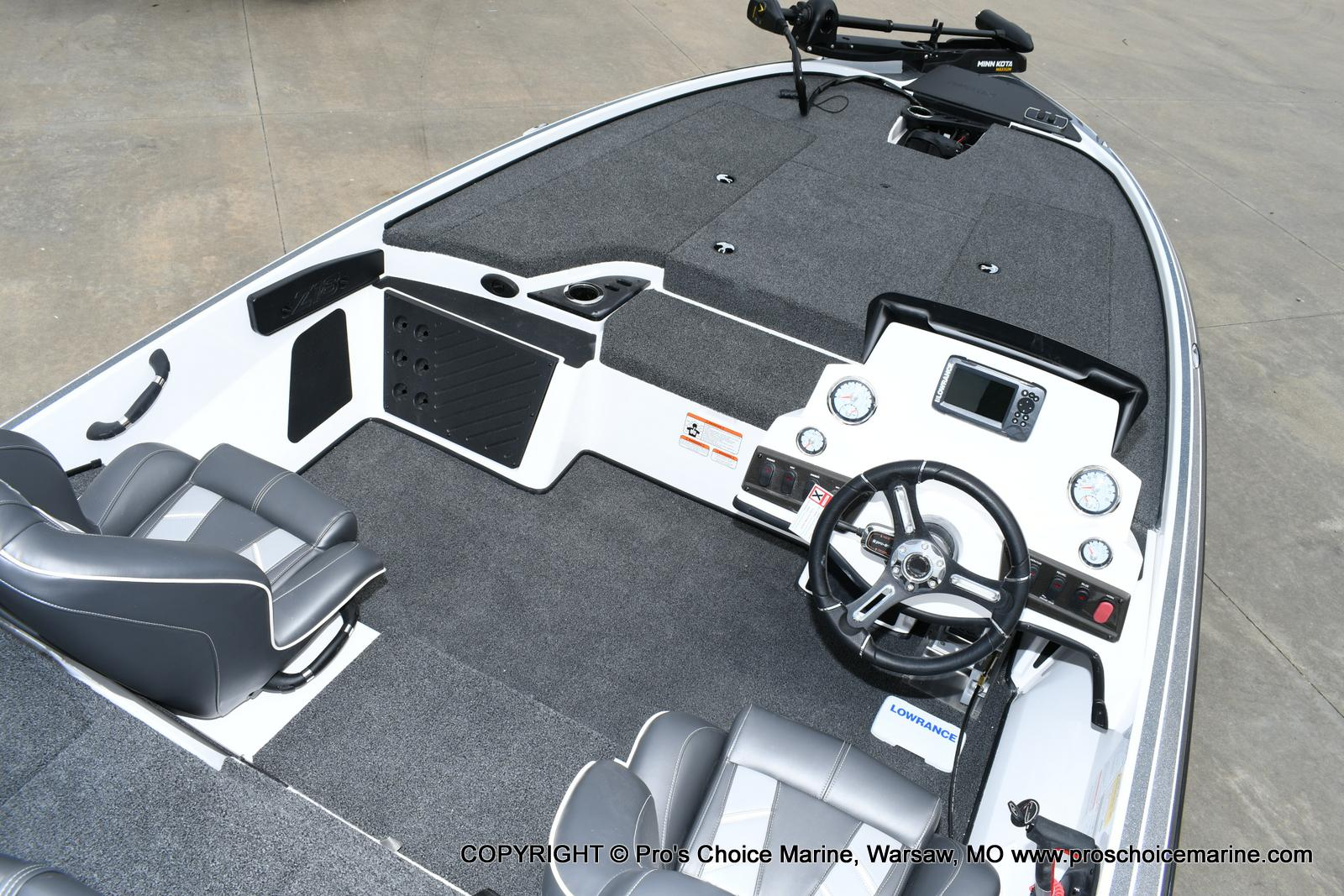 2020 Nitro boat for sale, model of the boat is Z18 & Image # 44 of 50