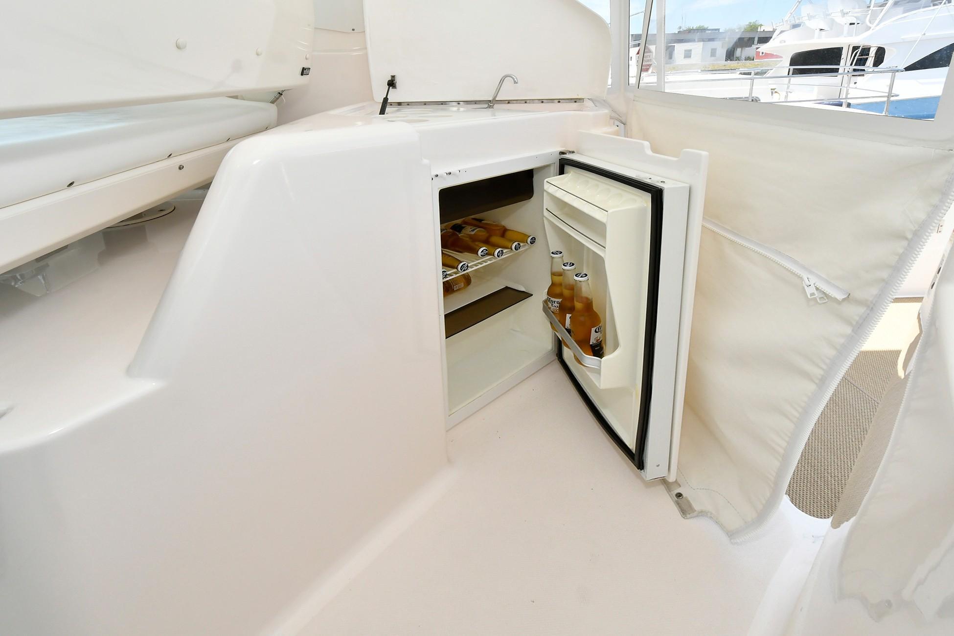 Cockpit Wet Bar with Refrigerator