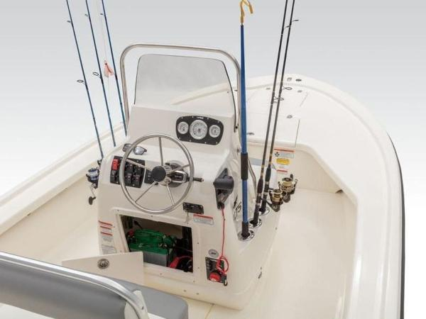 2020 Mako boat for sale, model of the boat is 18 LTS & Image # 8 of 45