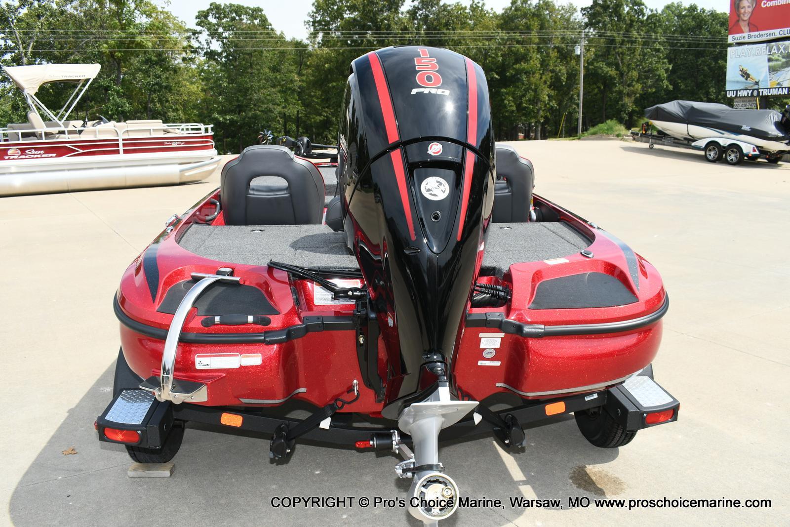 2020 Nitro boat for sale, model of the boat is Z18 & Image # 3 of 50