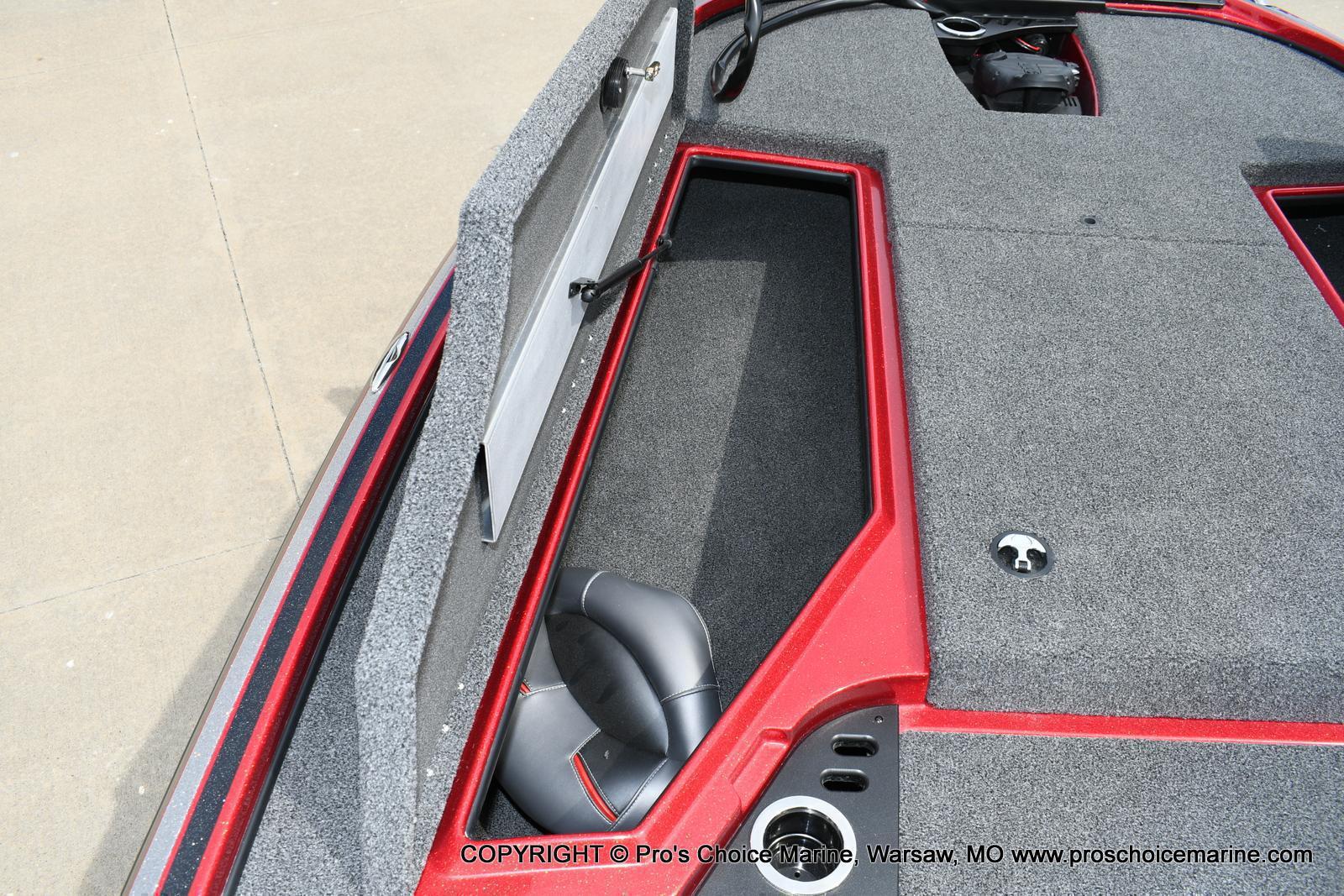 2020 Nitro boat for sale, model of the boat is Z18 & Image # 42 of 50