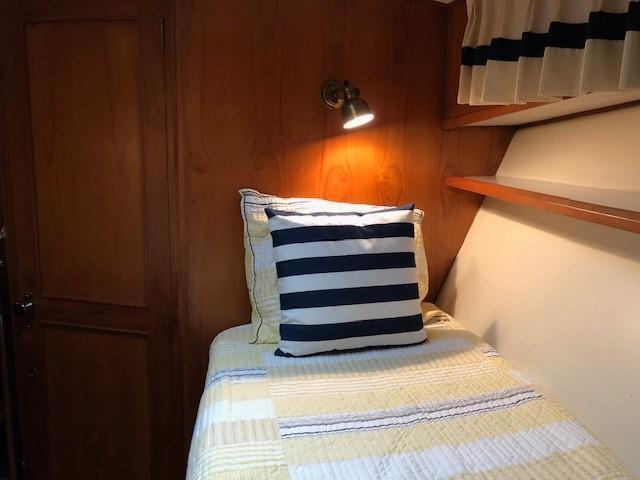 Ocean Alexander TRI Cabin