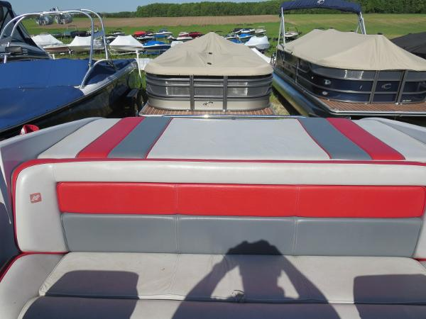 1989 Four Winns boat for sale, model of the boat is 251 Liberator & Image # 10 of 26