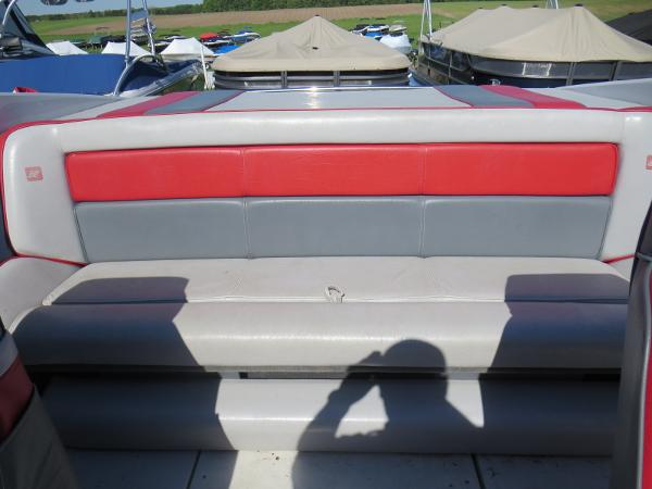 1989 Four Winns boat for sale, model of the boat is 251 Liberator & Image # 13 of 26