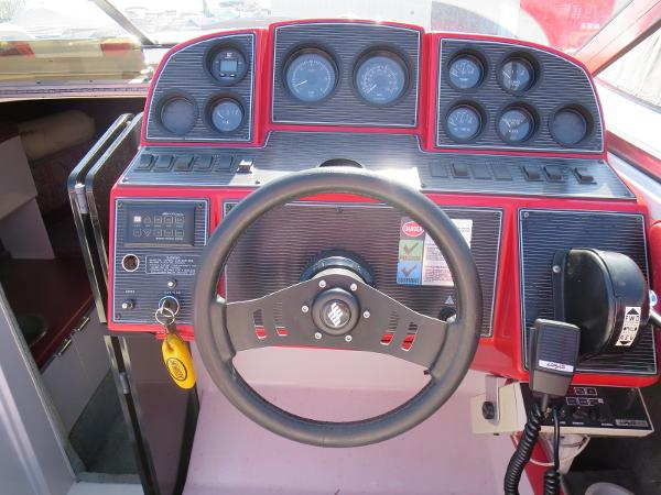 1989 Four Winns boat for sale, model of the boat is 251 Liberator & Image # 16 of 26