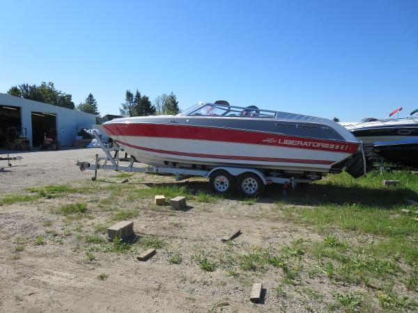 1989 Four Winns boat for sale, model of the boat is 251 Liberator & Image # 2 of 26