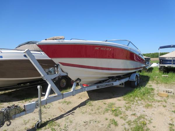 1989 Four Winns boat for sale, model of the boat is 251 Liberator & Image # 4 of 26