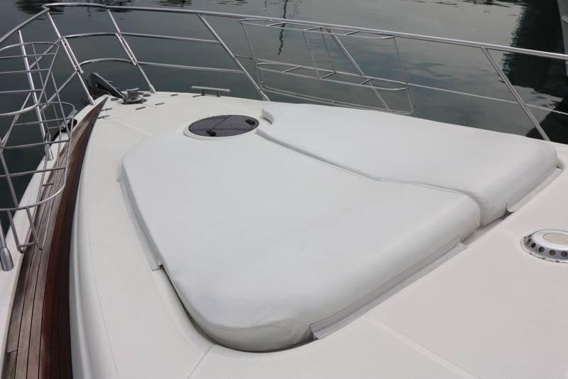 Sun pads on bow