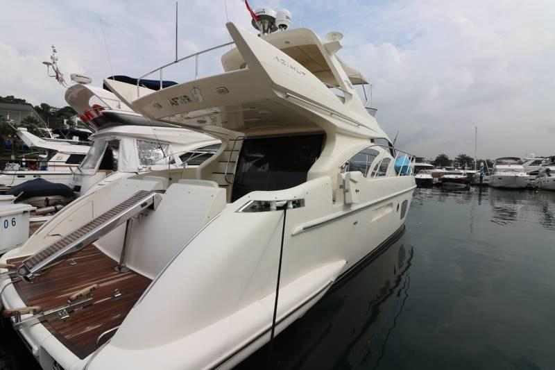 Azimut 55 starboard aft