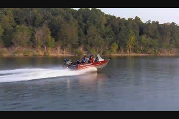2013 Tracker Targa V-18 Combo Video