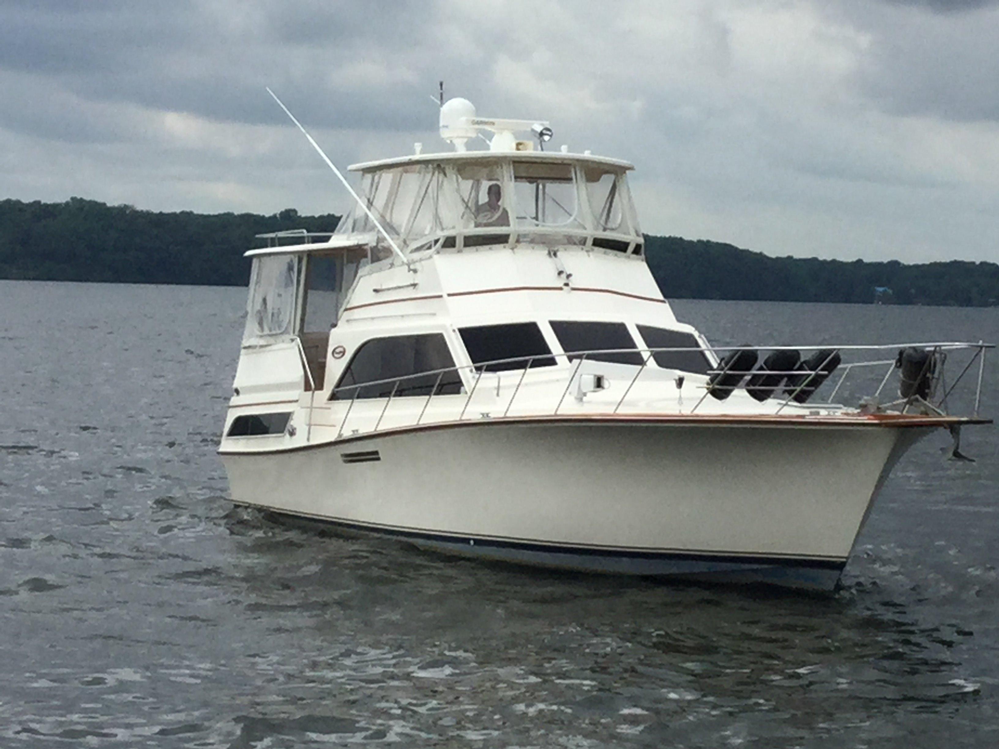 46' Ocean Yachts 1985 46 Sunliner