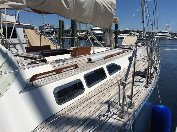 Alan Warwick Custom Offshore Sloop Sell Rhode Island