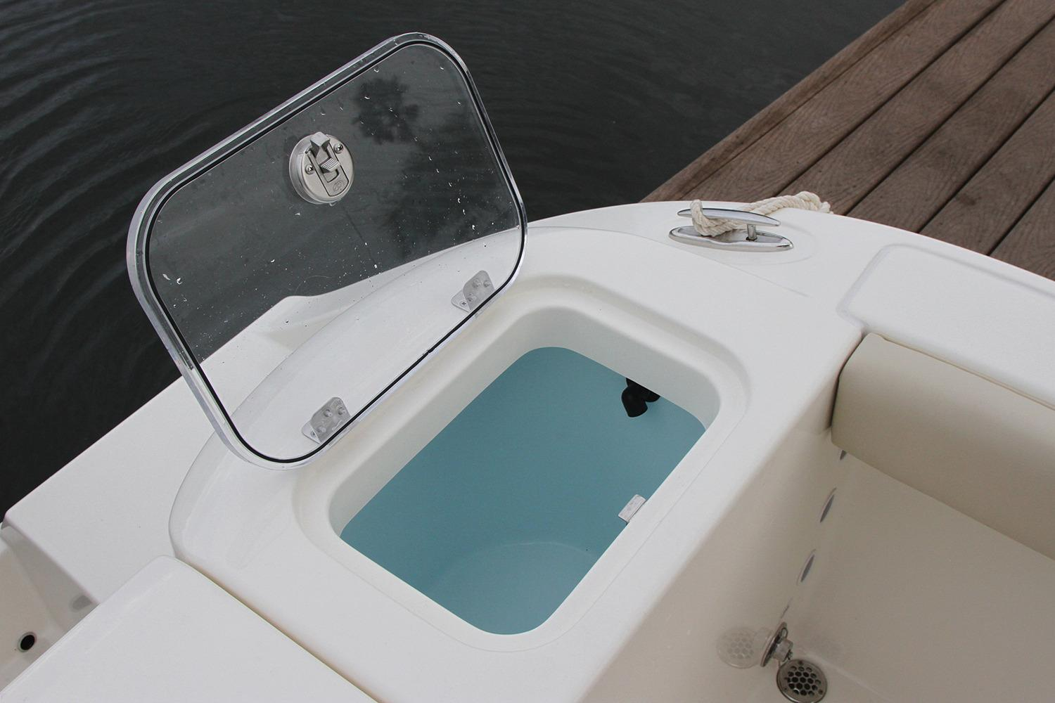 2018 Cobia 220 Center Console | Powerboats for Sale