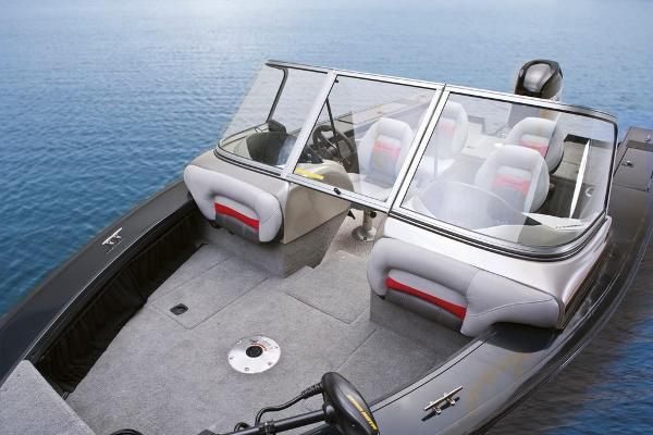 2013 Tracker Boats boat for sale, model of the boat is Targa V-18 WT & Image # 8 of 13