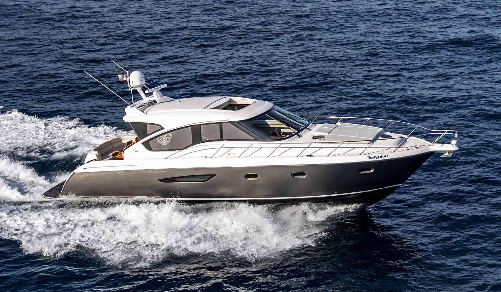 58 ft Tiara 5800 Sovran