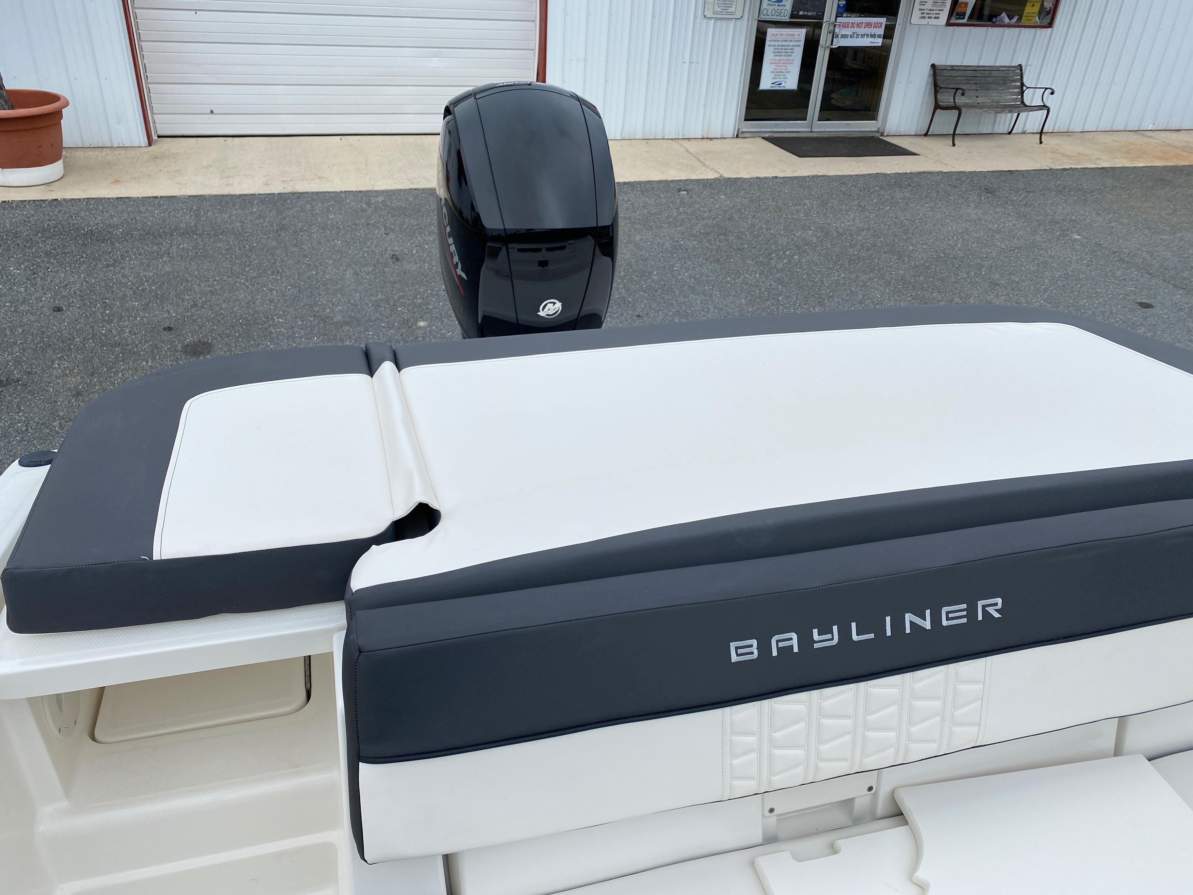 2020 Bayliner boat for sale, model of the boat is VR6 Bowrider & Image # 9 of 14
