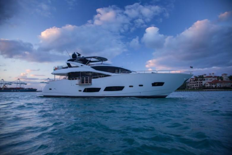 92.4 ft Sunseeker 28 Metre Yacht