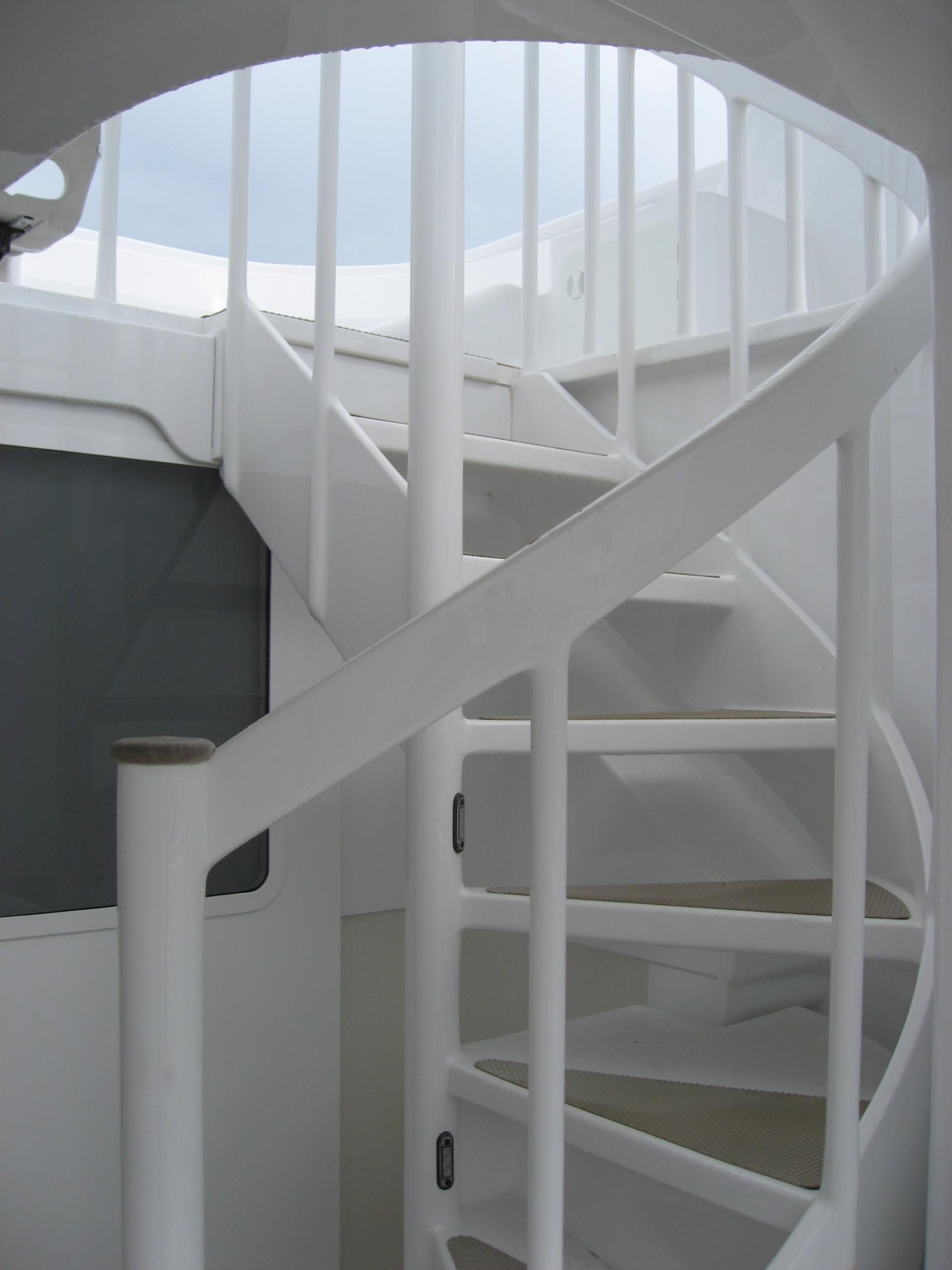 Flybridge Stairwell
