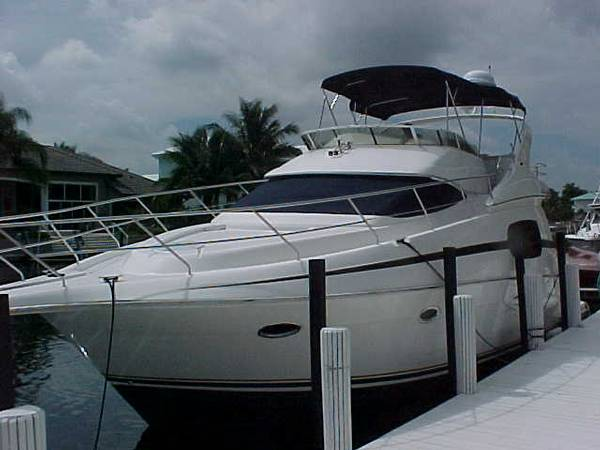 Silverton 4100 Sedan CATS 3126 Convertible Boats. Listing Number: M-3420549