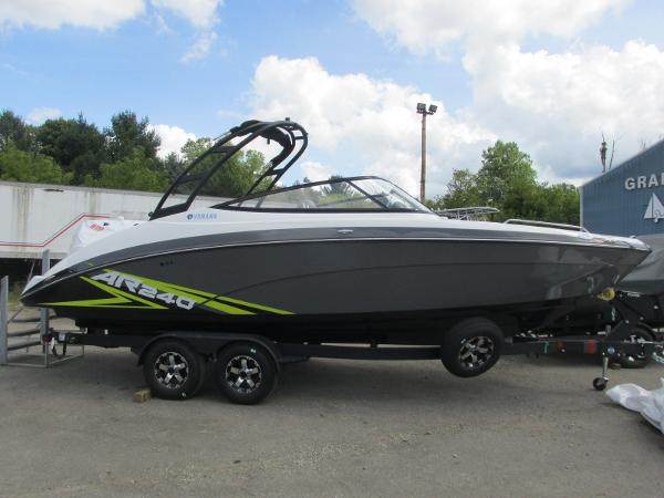2020 Yamaha boat for sale, model of the boat is AR240 & Image # 1 of 35