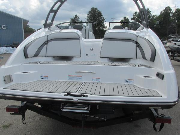 2020 Yamaha boat for sale, model of the boat is AR240 & Image # 3 of 35