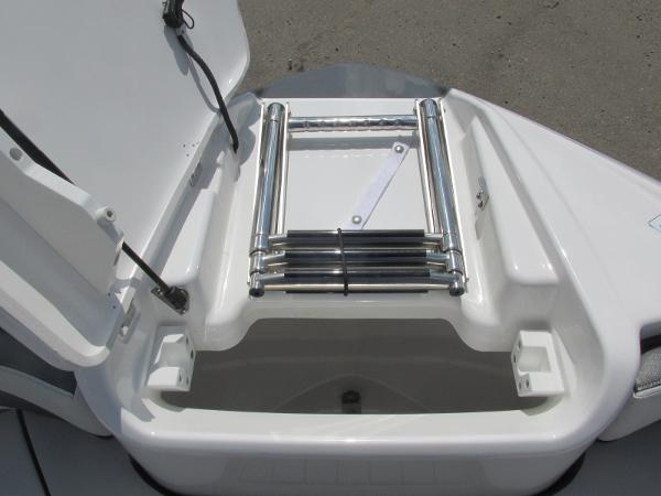 2020 Yamaha boat for sale, model of the boat is AR240 & Image # 11 of 35