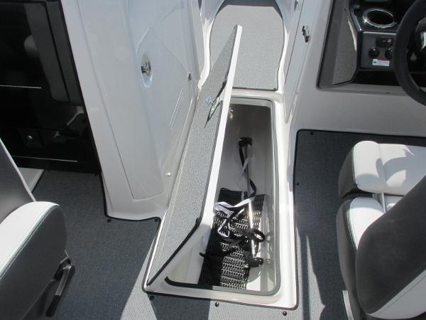 2020 Yamaha boat for sale, model of the boat is AR240 & Image # 25 of 35
