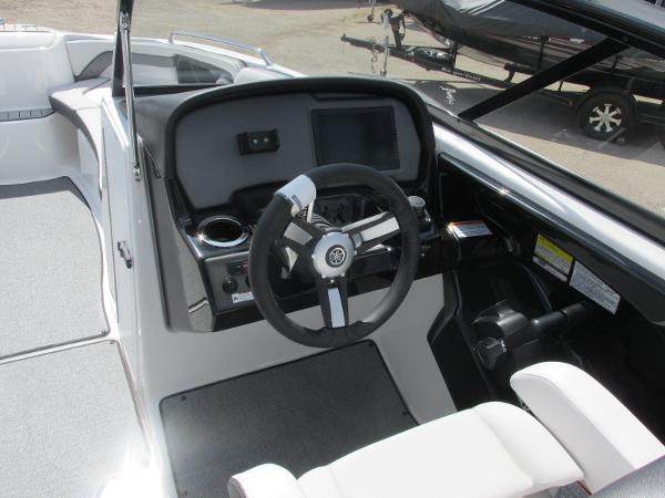 2020 Yamaha boat for sale, model of the boat is AR240 & Image # 28 of 35