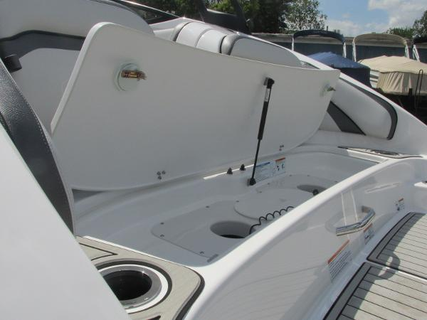 2020 Yamaha boat for sale, model of the boat is AR240 & Image # 4 of 35