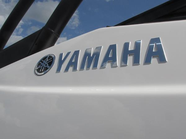 2020 Yamaha boat for sale, model of the boat is AR240 & Image # 32 of 35