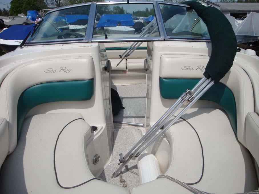 Sea Ray200 Bow Rider