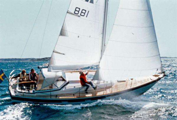Boat Name: MORGENWIND; Year: 1986; Builder: Hallberg-Rassy; Model: 312 ...