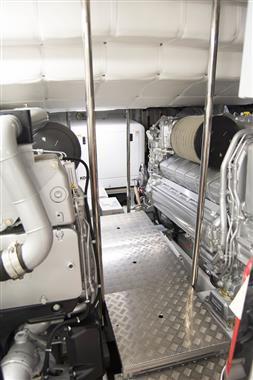 2017 Pershing 74 - Engine Room
