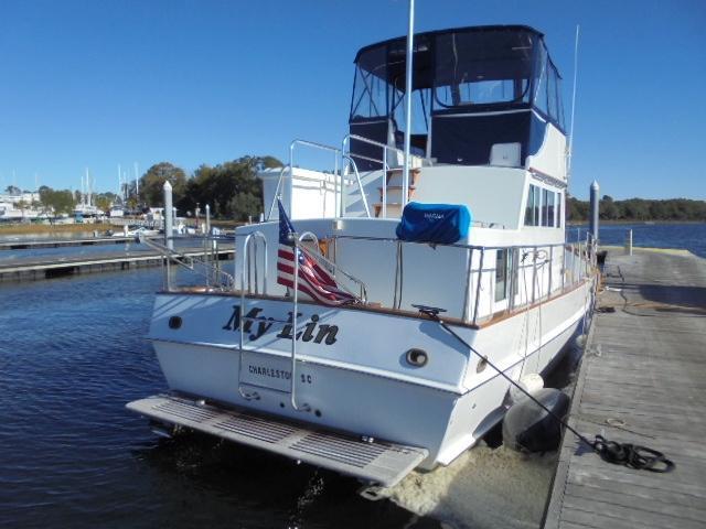 Custom 36 Yukon Trawler - Stern Shot