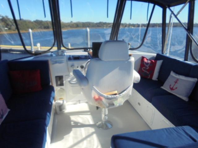 Custom 36 Yukon Trawler - Flybridge