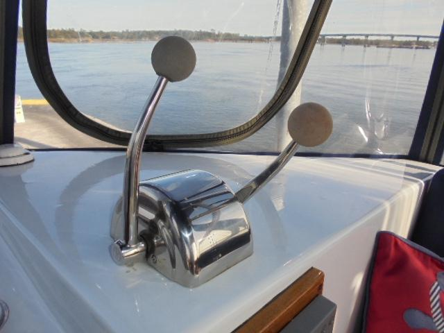 Custom 36 Yukon Trawler - Teleflex Engine Controls