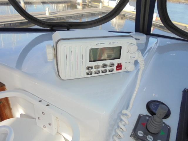 Custom 36 Yukon Trawler - VHF Radio