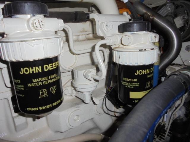 Custom 36 Yukon Trawler - John Deere 135 HP Diesel